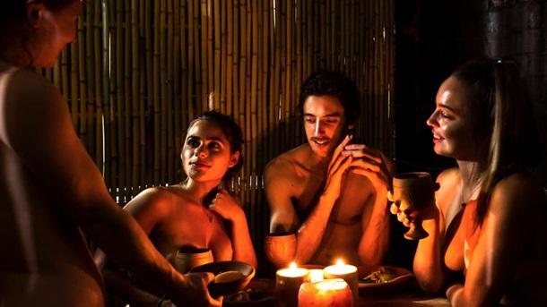 Фото голых девок в голом ресторане #14