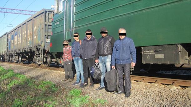 5 нелегалов попытались сбежать сУкраины в Российскую Федерацию натоварняке. Непрорвались