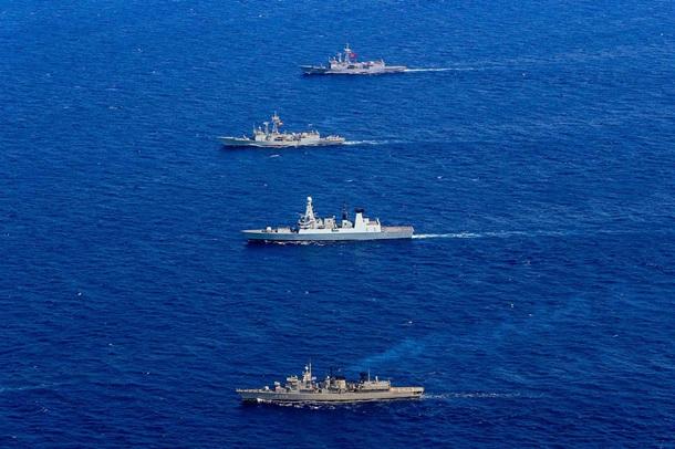 NATO gəmiləri Qara dənizə daxil oldular.