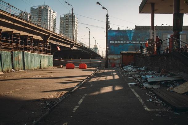 ВИДЕО На Шулявском путепроводе проводятся подготовительные работы для демонтажа моста - фото 4