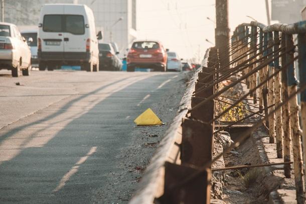 ВИДЕО На Шулявском путепроводе проводятся подготовительные работы для демонтажа моста - фото 2