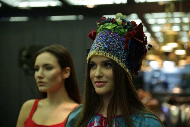 В чем красавица из села на Херсонщине поедет побеждать на конкурс