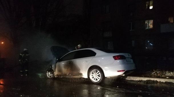 В Киеве у посольства РФ сгорело авто на российских дипномерах - СМИ
