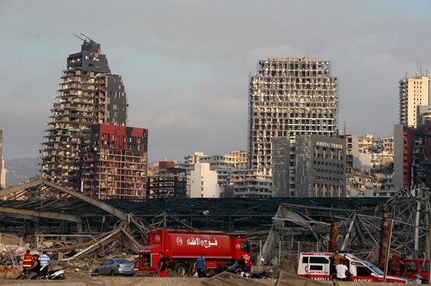Причины и последствия взрывов в порту Бейрута. ФОТО