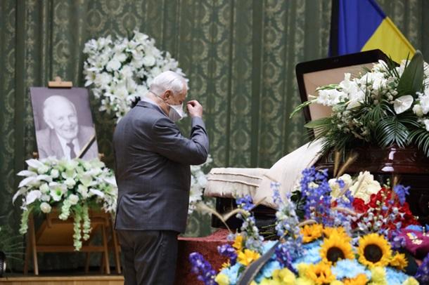 В Киеве простились с Борисом Патоном