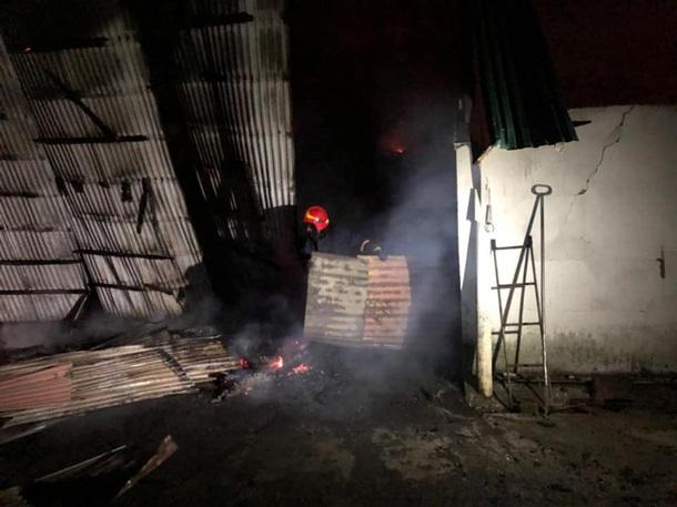 В Івано-Франківській області на складі згоріли сотні тонн зерна