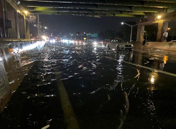 "Ураган ""Ида"" затопил Нью-Йорк - 8 погибших (ФОТО, ВИДЕО) 3"