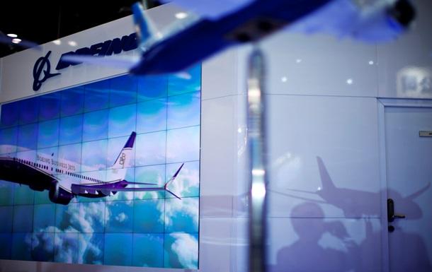 В подмосковном небе едва не столкнулись пассажирский Boeing и самолет бизнес-авиации