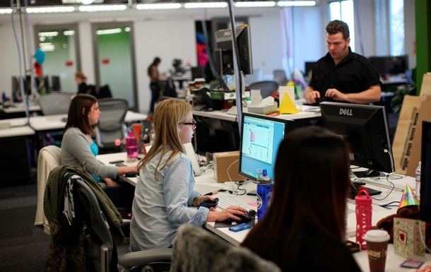 Корреспондент: Секс в большом офисе. Сексуальные домогательства в украинских офисах случаются значительно чаще, чем на Западе