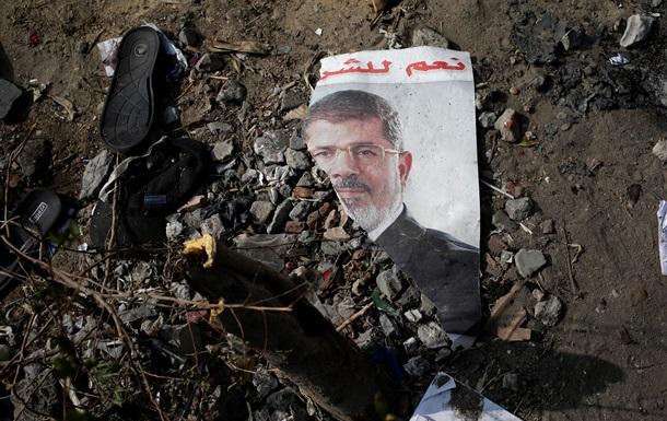 Экс-президент Египта Мухаммед Мурси симулировал сердечный приступ, чтобы избежать начала судебного процесса - СМИ