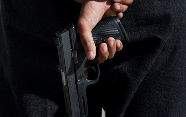 В Москве полицейский выстрелил себе в голову на рабочем месте