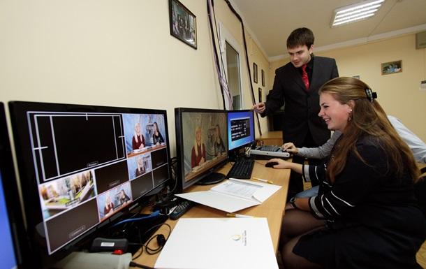 Фонд Ахметова открыл в Запорожском университете телестудию и аппаратную монтажа за 200 тысяч гривен