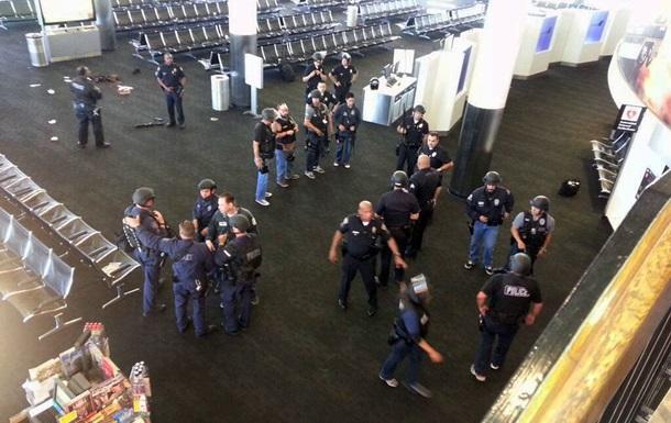 В результате стрельбы в аэропорту Лос-Анджелеса погиб один человек, шестеро ранены