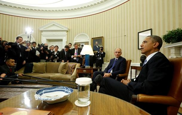 Associated Press упрекает Обаму в нежелании фотографироваться в Овальном кабинете