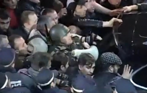 Суд Одессы арестовал еще двух человек, участвовавших в акции против задержания Маркова