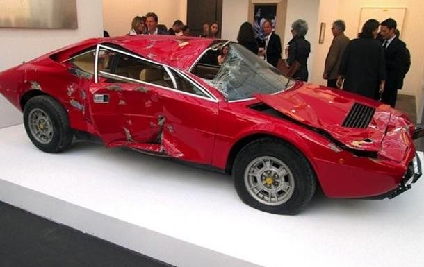 Разбитая роскошь. Не подлежащий восстановлению спорткар Ferrari оказался в шесть раз дороже целого