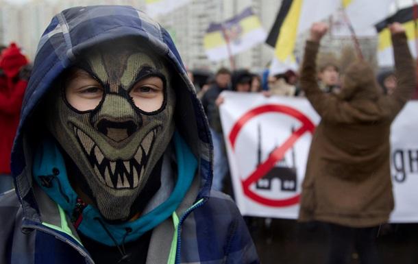 Перед Русским маршем неизвестные уничтожили атрибутику националистов
