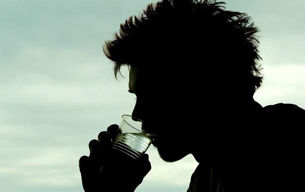 Пить 8 стаканов воды. Украинские диетологи прокомментировали популярную рекомендацию