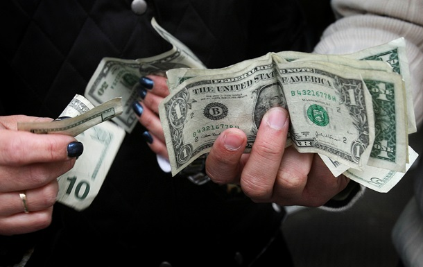 Преуспевающий доллар поубавил аппетиты на межбанке