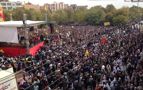 В Турции разгоняют митинг против строительства стены на границе с Сирией