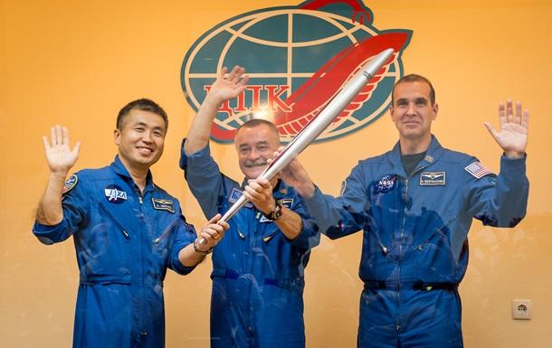 Би-би-си: Олимпийский факел улетел в космос, обещал вернуться