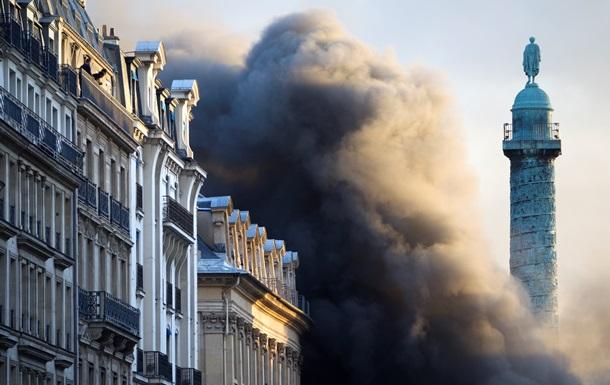 В Париже при взрыве пиротехники во время репетиции мюзикла погиб человек