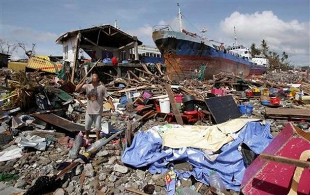 Последствия супертайфуна Хайян: на Филиппинах цепь разрушений протянулась на 600 километров