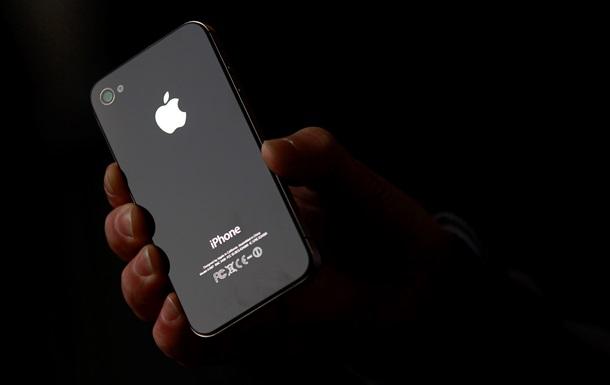 Изогнутый дисплей и  умный  сенсор. Apple работает над созданием новых моделей iPhone - Bloomberg