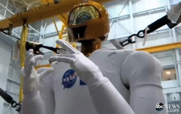 NASA представило обновленного робонавта