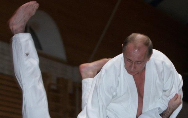 Путина признали великим мастером тхэквондо