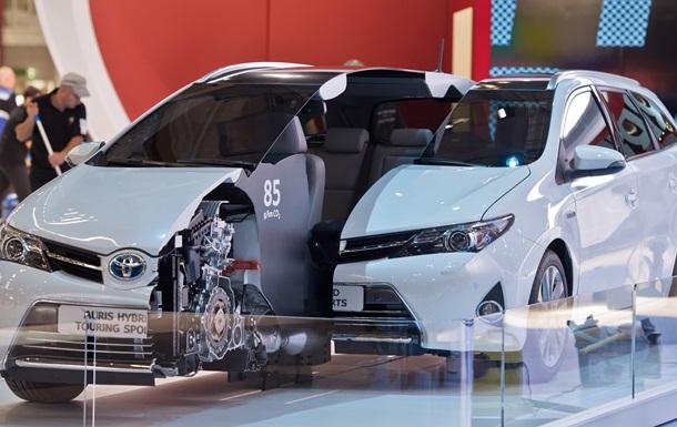 В 2013 году автопроизводители установят новый рекорд продаж