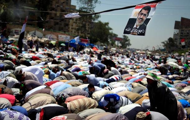 Заключенный в египетской тюрьме Мурси заявил, что его отстранение было похищением