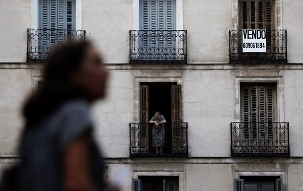Потерпающие от кризиса испанцы научились продавать недвижимость россиянам