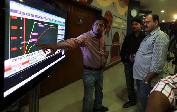 Индийский зонд успешно совершил последнее перед отправкой на Марс повышение орбиты