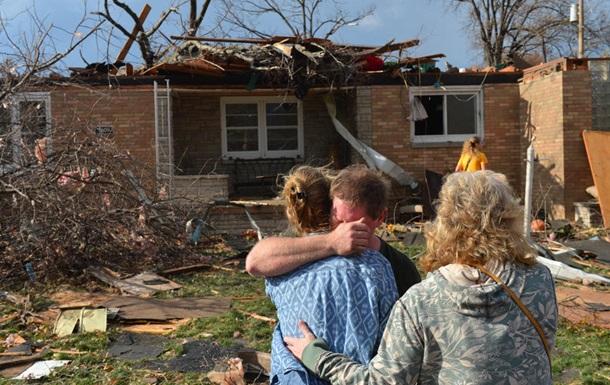 На США обрушились десятки торнадо, сообщается о пяти погибших