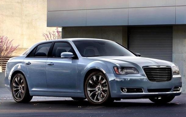 Chrysler обновил топовую модификацию седана 300S