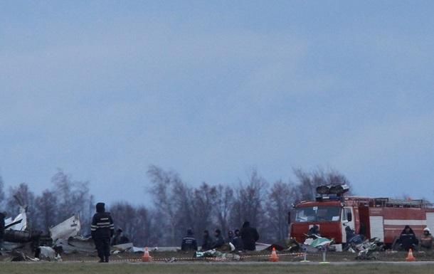 На месте авиакатастрофы в Казани обнаружено около 500 фрагментов тел