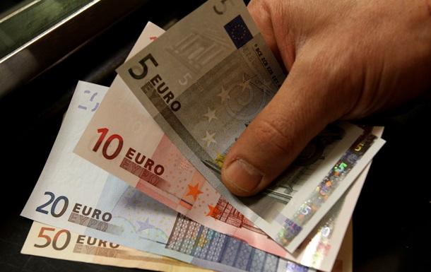 После двух лет дебатов ЕС впервые в истории пошел на урезание бюджета