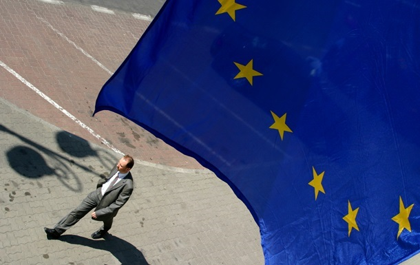 Ассоциация с ЕС -  Кабмин Украины приостановил процесс евроинтеграции