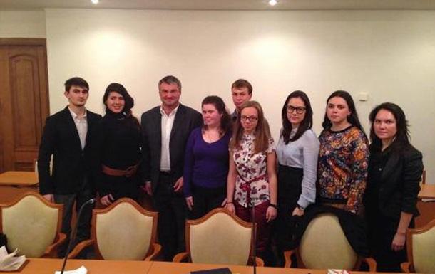 Студенти не можуть зрозуміти логіку українських політиків