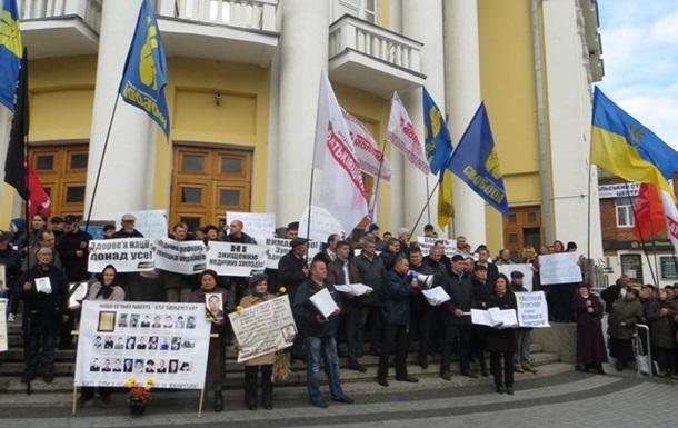 Сто тисяч підписів проти медичної реформи відправила опозиція Вінниччини у ВР