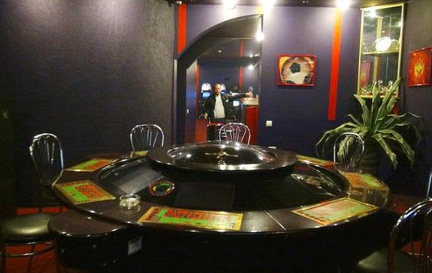 Освітяни в Боярці пропонують молоді замість спорту йти до казино