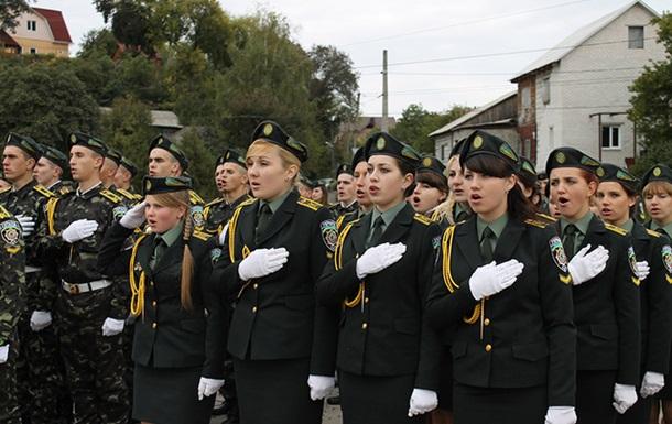 Черниговские курсанты присягнули на верность Украинскому народу