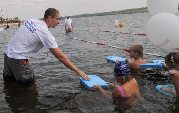 Табачник и уроки плавания: тема не закрыта