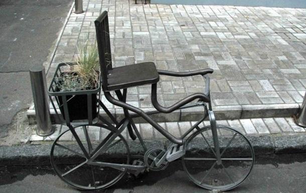Киев. Велосипеды и шлагбаумы