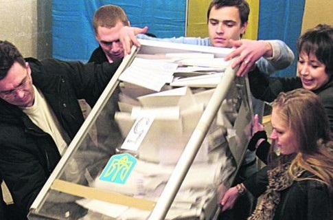 Кто реально контролирует избиркомы на Николаевщине?