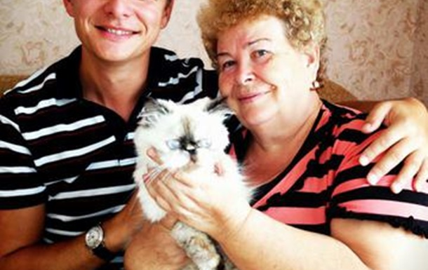 Моя мама каже:  Не виграєш вибори - перепишу хату на кота!  :)