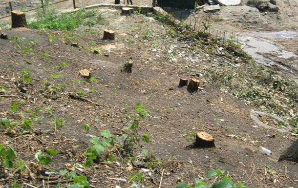 Забудовники обдурили КМДА щодо Замкової гори (ФОТО)