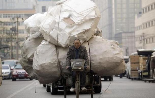 Би-би-си: Как Европе не увязнуть в горах пластиковых пакетов? А Украина?