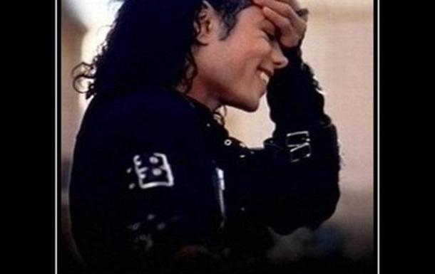 А Майкл Джексон-то жив!